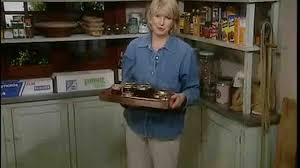 How To Arrange Your Kitchen Cabinets Https Www Marthastewart Com 916633 How Organizin