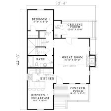 farmhouse style house plan 2 beds 2 00 baths 1178 sq ft plan 17