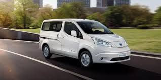 nissan work van 2017 the 2018 nissan e nv200 will get a 40 kwh battery push evs