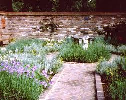 moira farnham the romantic walled garden