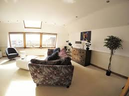 2 bedroom penthouse apartment glasgow city centre river view