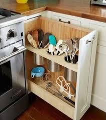 tiroir pour cuisine un tiroir à la verticale pour les ustensiles de cuisine les