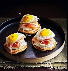 cuisiner du radis noir recette blinis madame au saumon et radis noir