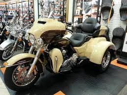 has anyone seen the 2014 sand pearl canyon brown paint combo yet