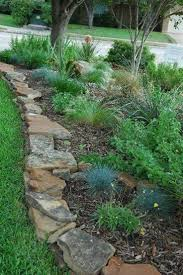 Simple Landscape Ideas by Best 25 Stone Landscaping Ideas On Pinterest Landscape Stone