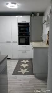 cuisine gris et vert anis tapis scandinave vert indogate com deco salon vert deau tapis