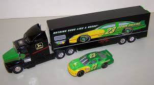 kenworth stock 03401 1 64 john deere kenworth racing transporter u0026 23 stock car