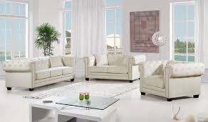 Cream Sofa And Loveseat Bowery Cream Sofa 614 Meridian Furniture Fabric Sofas At Comfyco