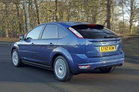 ford focus 2 0 duratec review ford focus 2 0 zetec ford focus v rivals auto express