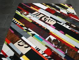 Tapis Salon Multicolore by Tapis Patchwork Elmer En Peau De Vache Multicolore Peaudevache Com