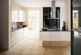 weisse hochglanz küche weiße hochglanzküche mit kücheninsel