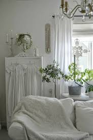 shabby cottage home decor 3077 best white shabby chic images on pinterest cottage chic