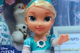toy fair 2015 disney u0027s frozen and cinderella enchant the jakks