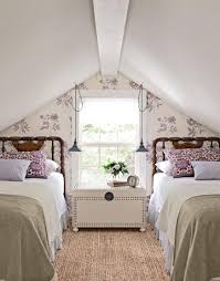 decorating ideas for a bungalow twin beds cape and twins