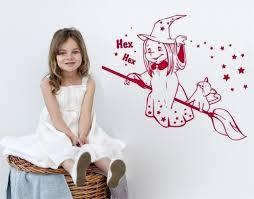 klebefieber kinderzimmer wandtattoo hexe mit besen wandtattoos kinderzimmer für mädchen elfen