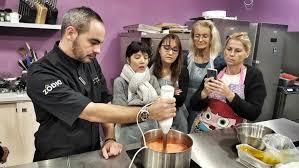 zodio cours cuisine atelier zôdio bûche exotique insert mangue et biscuit coco