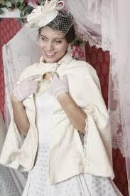 cape mariage cape ivoire femme et soie mariage hiver olghita de pias