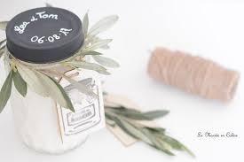 bougie personnalis e mariage diy les bougies à la vanille personnalisées la mariée en