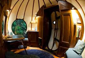 Treehouse Cleveland - tour of cool spherical tree house vancouver island thrillist