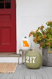 decorate your home for halloween 25 ways to decorate your home with pumpkins pumpkin crafts and decor