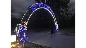 fantasy of lights 5k fantasy of lights 2k 5k draws walkers runners for annual event wane