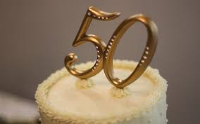 goldene hochzeitstorte tierfreundllich feiern die goldene hochzeit peta 50plus