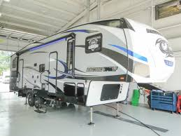 sprinter fifth wheel floor plans fifth wheel campers toy hauler fifth wheel trailers