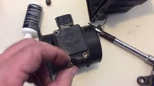 nissan maxima mass air flow sensor 1997 nissan pathfinder 3 3l v6 vg33e mass air flow sensor cleaning