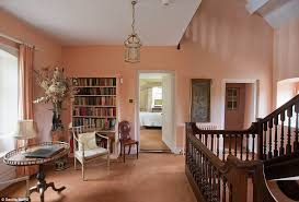 In The Home With The Wind S Vivien Leigh S Manor House Up For Sale For