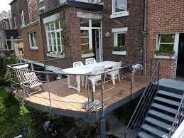 terrasse suspendue en bois terrasse sur pilotis esneux structure bois et métal