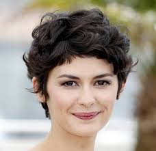 short hairstyles for round faces curly hair women medium haircut