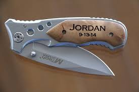 personalized knives groomsmen 6 groomsmen knives personalized wood handle pocket knife