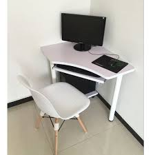 ordinateur de bureau ou portable table coin ordinateur portable ordinateur de bureau bureau coin