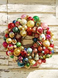 ornament wreath so great way to use broken ornaments