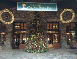 holiday gingerbread house competition at omni grove park inn