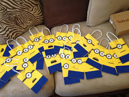 Halloween Candy Bags Craft by Minion Goody Bags Diy Pinterest Goody Bags Birthdays And