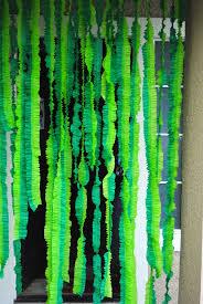 ruffled streamers ruffled streamers crayon box streamers and seaweed