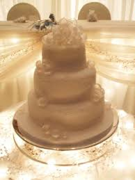 Winter Wedding Cakes Winter Wedding Cakes Magical Design Pictures To Get You Inspired