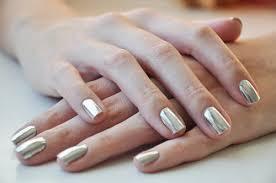 nail polish setting the barre