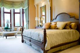 Feng Shui Mirrors Bedroom Feng Shui Bed Positioning Lovetoknow