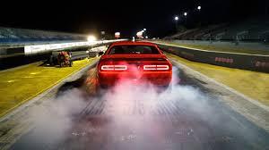 2018 dodge challenger srt demon hd wallpapers 2018 dodge challenger srt demon on race track wallpaper hd car