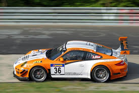 porsche 911 gt3 r hybrid wallpapers porsche 911 gt3 r hybrid scores first racing win autoevolution
