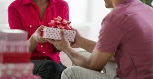 christmas gifts for coworkers u2014 a buying guide american express