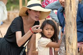 Vanity Fair Subscriptions Angelina Jolie Disputes Vanity Fair Depiction Of Cambodia Auditions