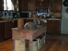 primitive kitchen island 212 best primitive kitchens images on country kitchens