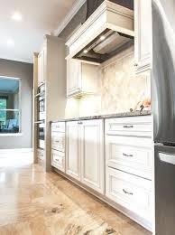 cuisine sur pied pied de meuble cuisine pied de meuble cuisine pied meuble cuisine