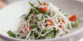 comment cuisiner radis noir salade de radis noir émincé au concombre et à la tomate facile et