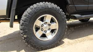 toyota tacoma 285 75r16 pictures of bfgoodrich mud terrain t a km2 285 75 16 on my stock