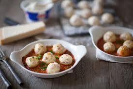 comment utiliser la ricotta en cuisine gnudi à la ricotta et à la bresaola sauce tomate
