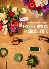How To Make Floral Arrangements Diy Mixing Flowers And Succulents